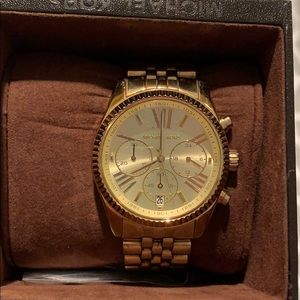 Michael Kors Gold Watch. Original boxing/links